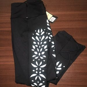 CALIA by Carrie Underwood workout capris